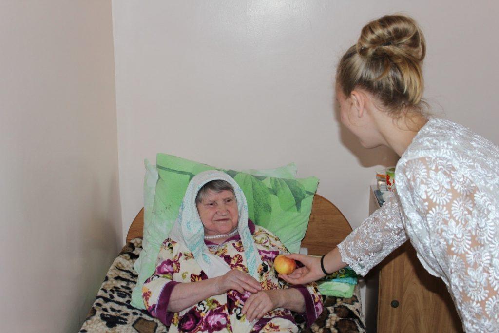 Трубина Екатерина – участник акции «Подари яблоко»