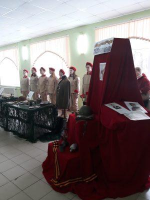 На выставке «Мы помним – мы гордимся!».